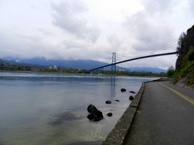 Stanley Park: Lions Gate Bridge