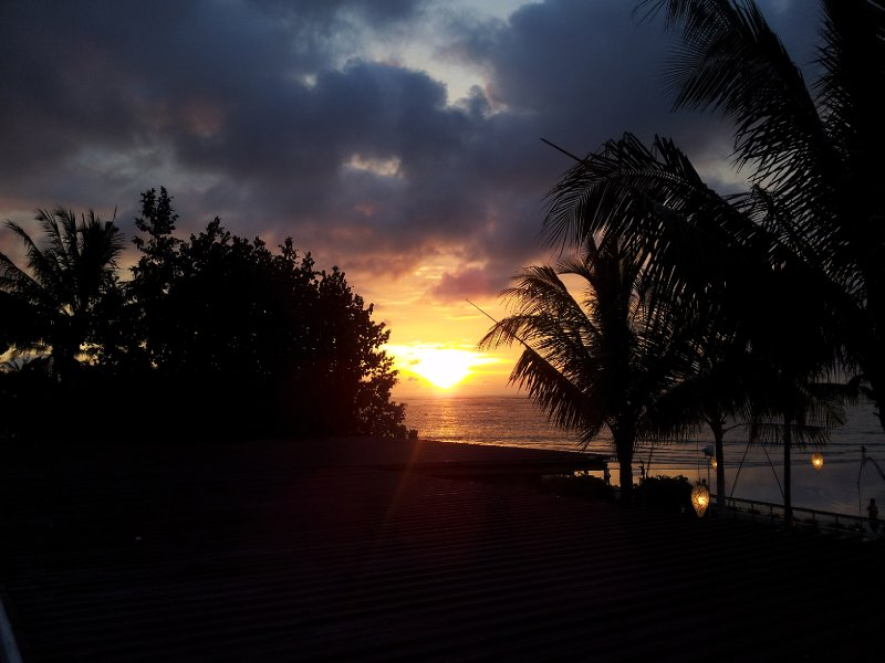 large_Sunset_at_Kuta_Beach_2.jpg