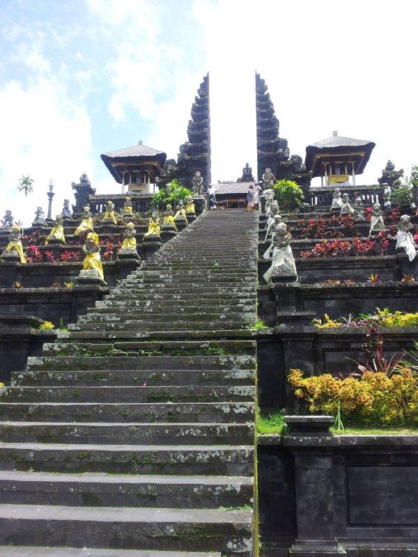 large_tempel.jpg