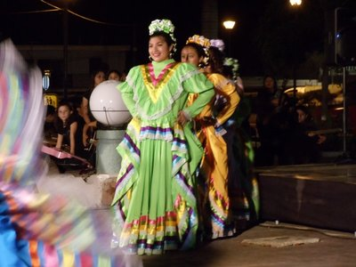 Dancers in Progreso