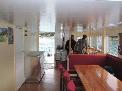 10_houseboat.jpg