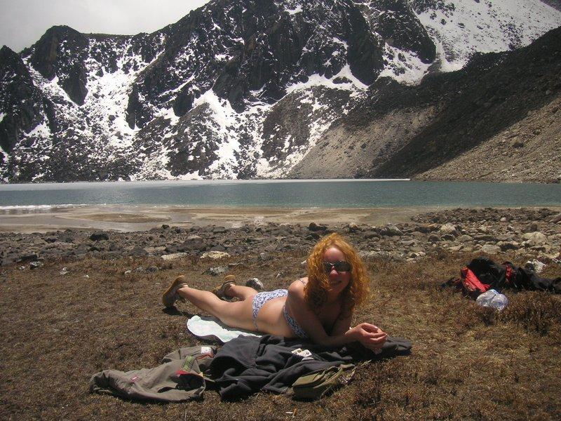 sunbaths near Gokyo lake (5000 m high)
