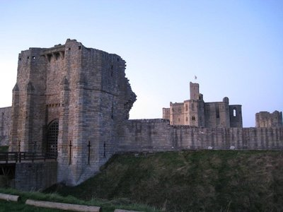 warkworth_castle.jpg