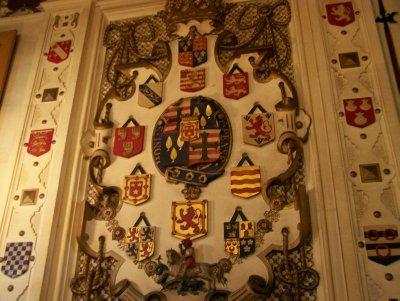 Dunrobin castle - family crests