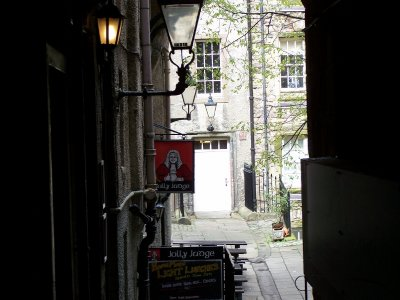 One of the alleyways off the Royal Mile