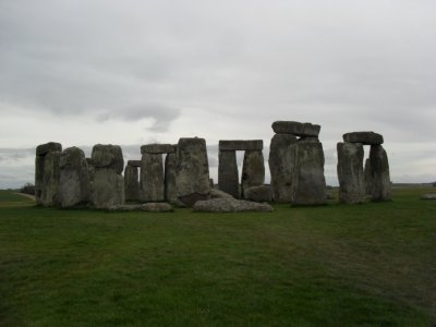 The circle of stone - stonehenge