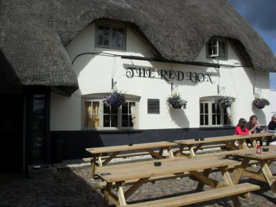 The Red Lion Inn - Avebury
