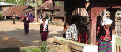 Traditional dress of Shan women living in the hills
