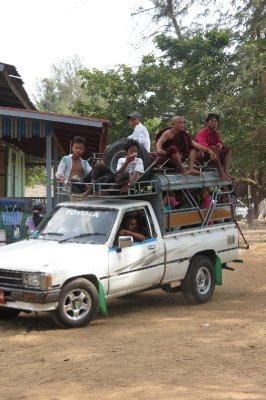 Local transport, always using the roof, good use of space