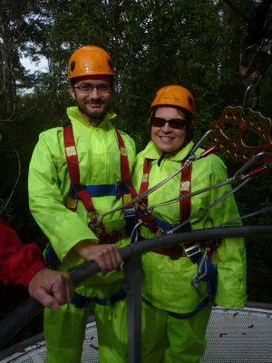 2 members of the fluorescent SWAT team
