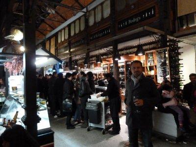 Late night food and wine market, Madrid