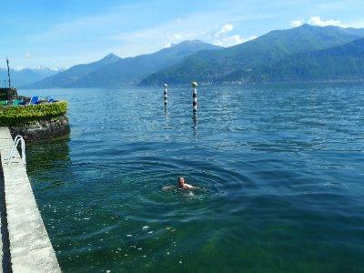 A quick dip in lake Como