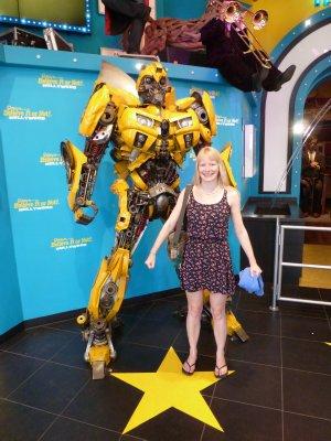 Sarah & Transformer, Hollywood