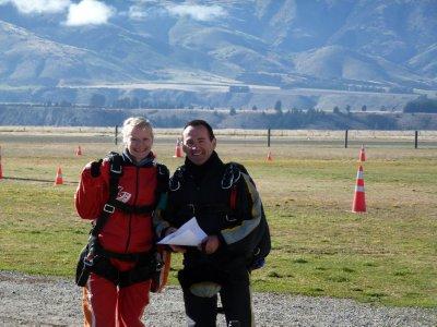 Sarah and Jumper, Skydive