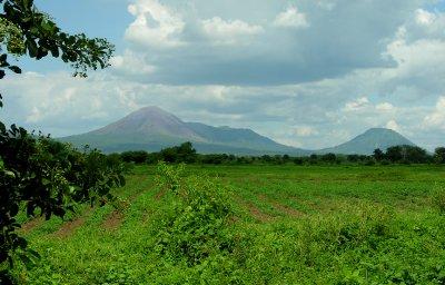 two vulcanos near Leon