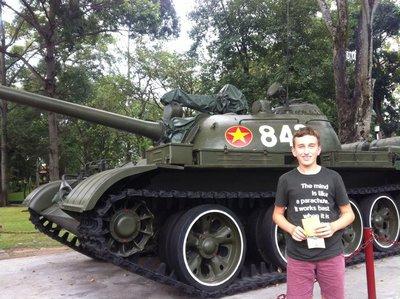 Russian tanks, Reunification Palace