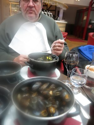 Moules Cidre - steaming up the lens!
