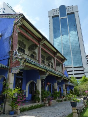 Old and New Penang - Cheong Fatt Tze's Blue Mansion