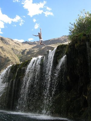 Jumping from Huancaya´s waterfalls
