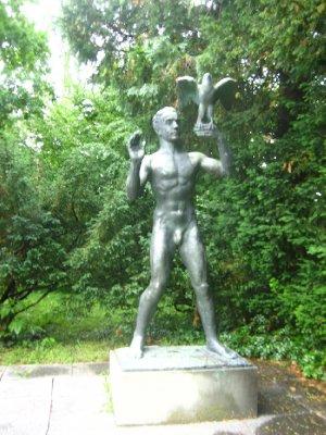 sculpture garden by museum rietberg
