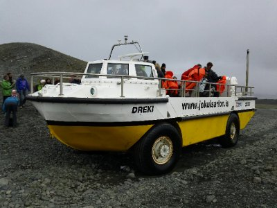 The amphibious truck for our glacier lagoon boat ride