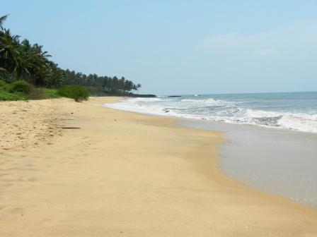 large_Kannur_Beach.jpg