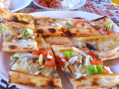 Lahmacun (Tukish Pizza)