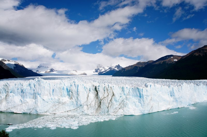 perito moreno glacier
