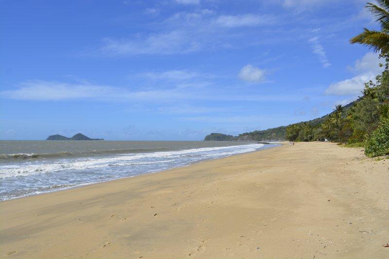 large_25_Beach.jpg