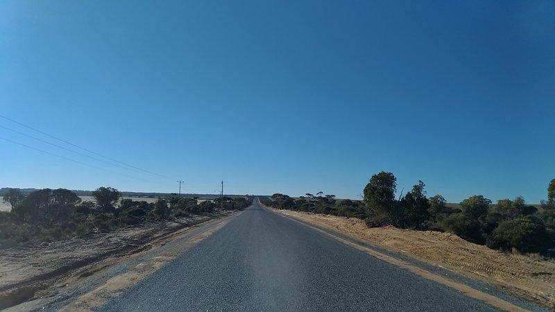 The Hyden-Norseman Road