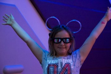 Bella ready for the Star Tours 3D Ride