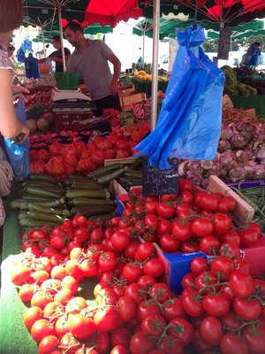 Tomatoes etc at Forcalquier Market