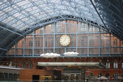 London, St Pancras International, an impressive space
