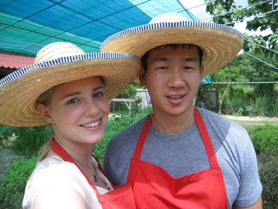 Farmer Dan and Farmer Sue