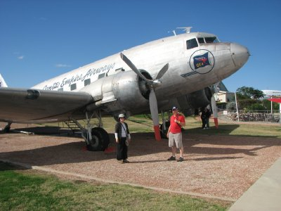 2012 July 27 Hiroe &#38; Bob with DC3 at Longreach
