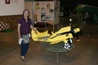 2012 Aug 22 Hiroe at Aircraft Museum Darwin 1