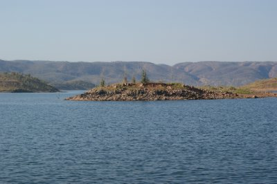 2012 Aug 29 lake Argyle 9