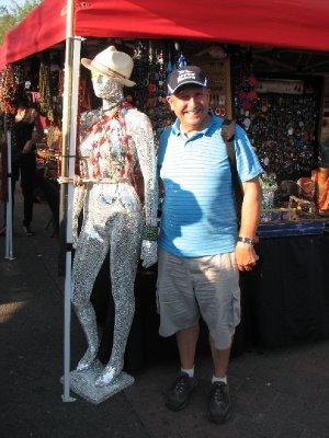 Bob and Glittering Model