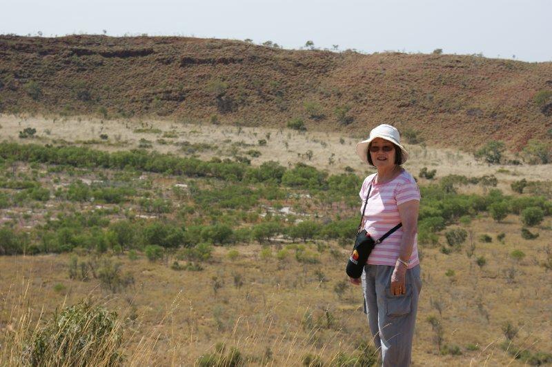 2012 Sep 6 Hiroe at Wolfe Creek Crater 2