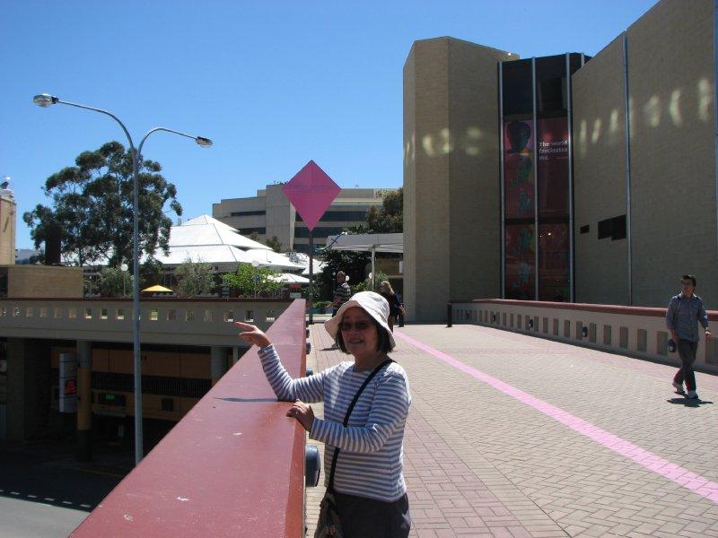 2012 Sep 30 Hiroe at Perth railway Station
