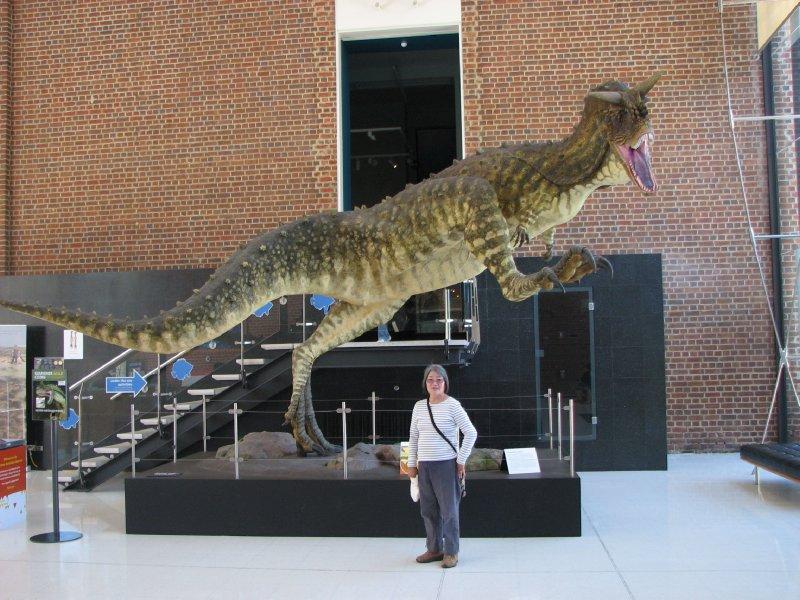 2012 Sep 30Hiroe and Carnosaurus