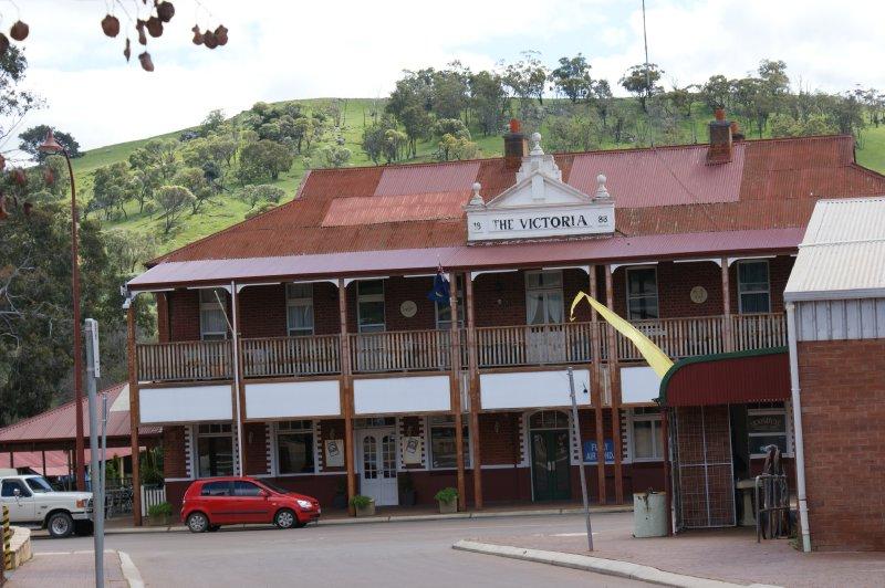 2012 Sep 28 Victoria Hotel Toodyay