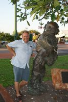 2012 Sep 11 Bob and Deep sea diver statue Broome