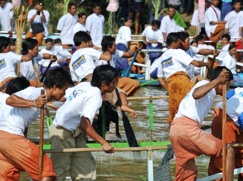 large_rowers.jpg