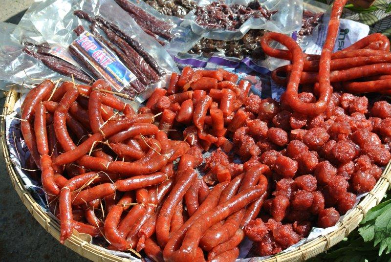large_sausage.jpg