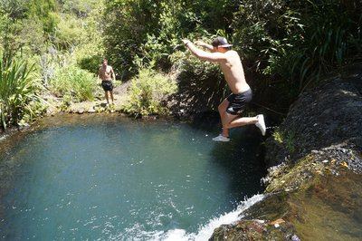 Waterfalls jumping (26)