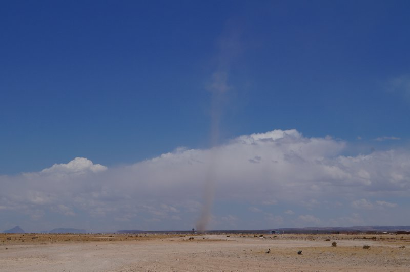 As we were leaving Uyuni, a small sand tornado appeared...
