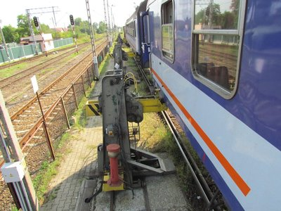the train lifted up without any wheels