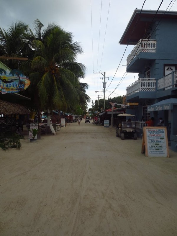 the town of caye caulker