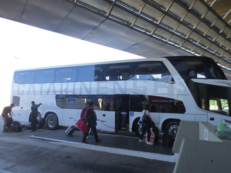 mahusive buses